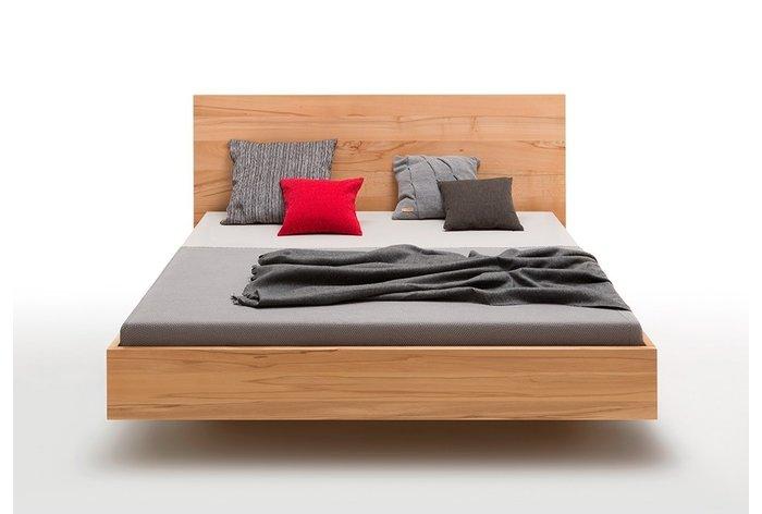 Vooraanzicht bed Doetinchem (hout: kernbeuken) in 180 x 200