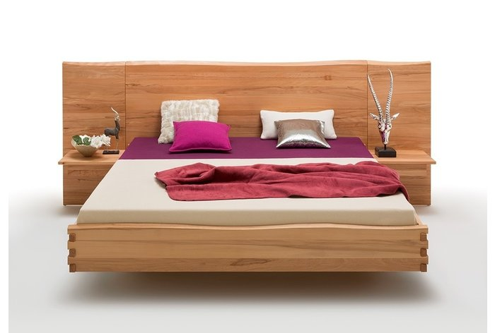 Vooraanzicht bed Sittard (hout: kernbeuken)
