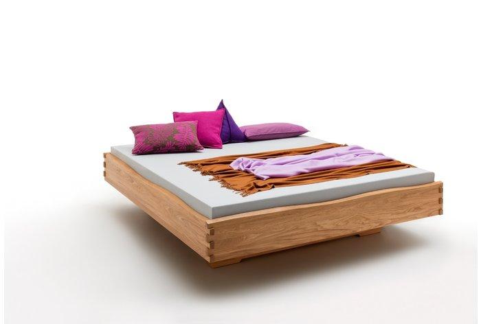 Massief houten bed Leeuwarden (hout: wildeiken)