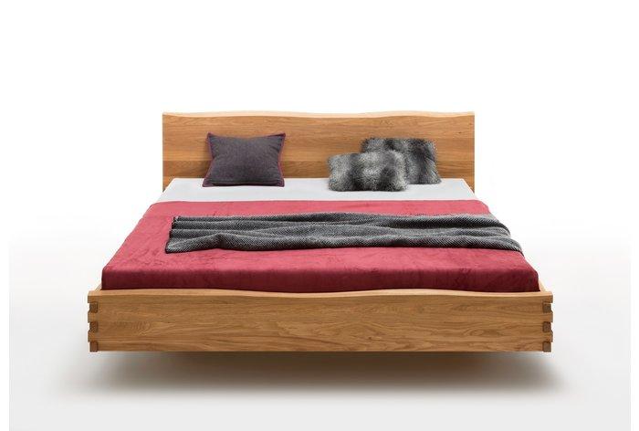 Vooraanzicht massief houten bed Hasselt in wild eiken (180 x 200)