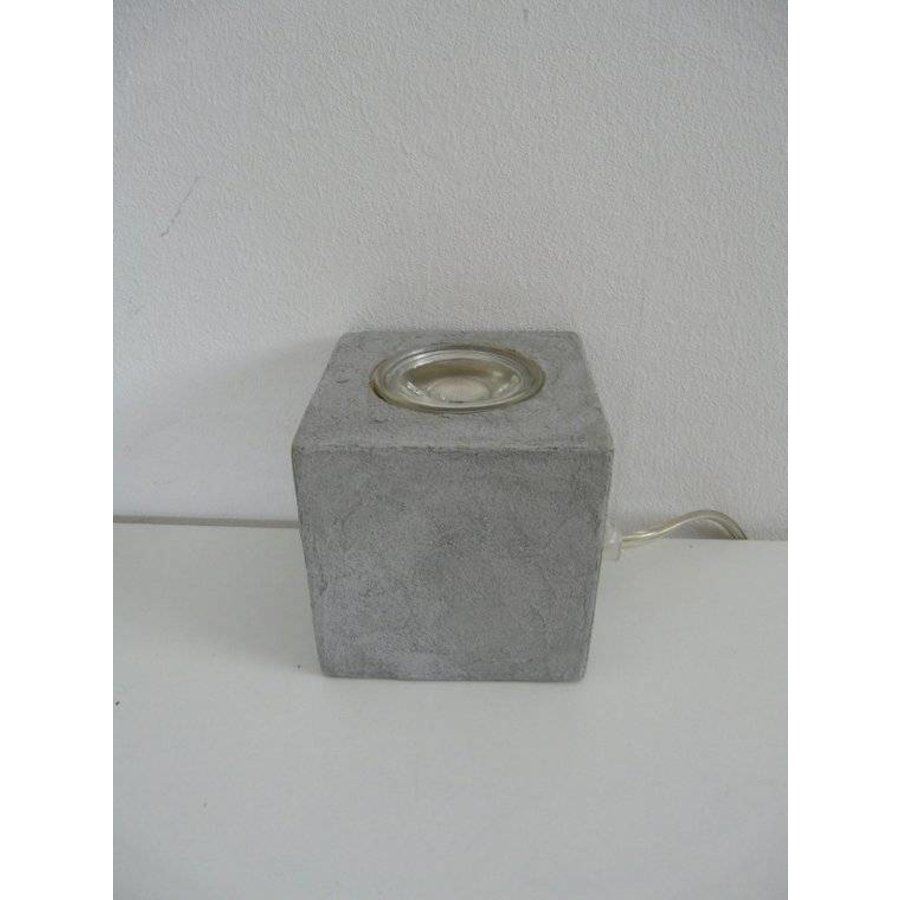 Würfel betonbeschichtet-4