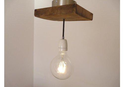 Deckenlampe aus rustikalen  Eichenholz