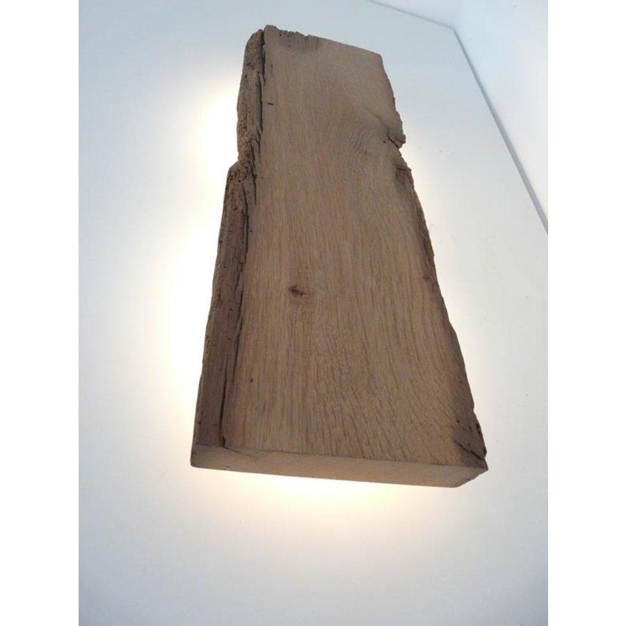 Led Wandlampe aus antiken Holz-3