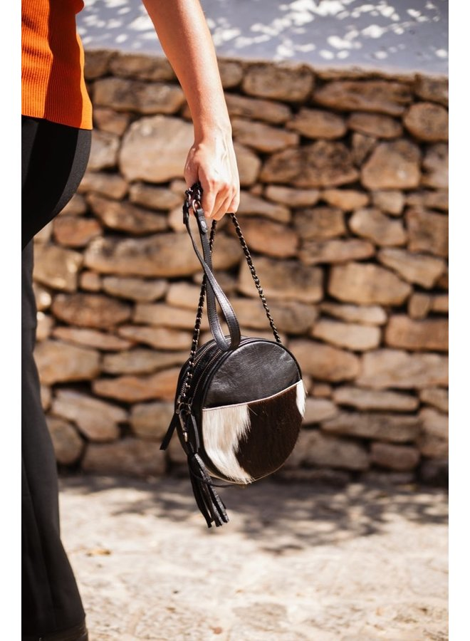 Circle Bag Cow Zwart