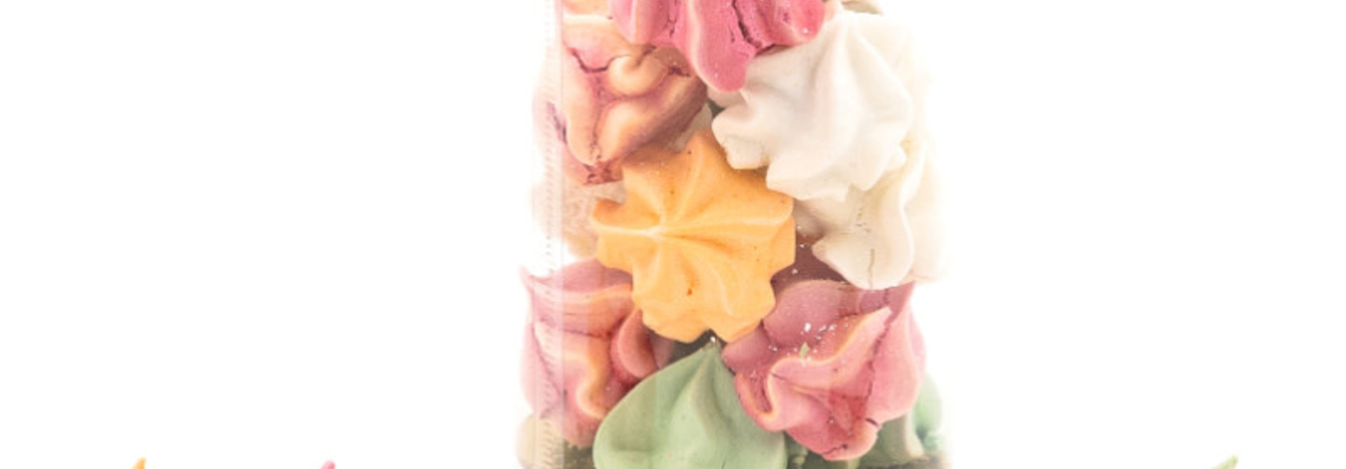 Colored meringues 40 Grs