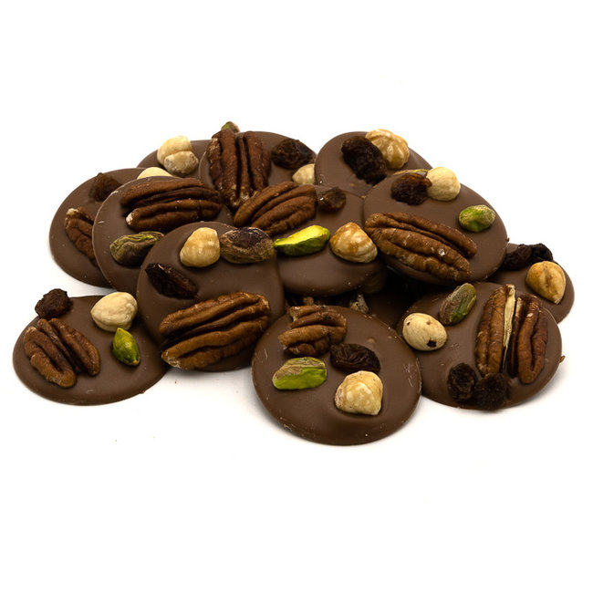 Chocomeli Milk with pecan nuts, pistachio, raisins and hazelnuts