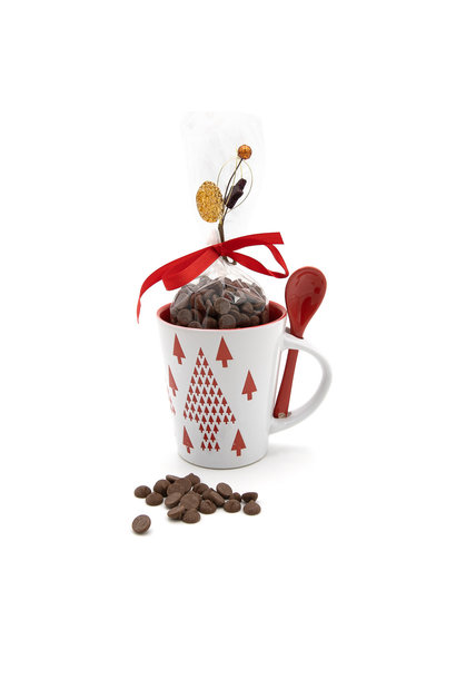 Hot milk chocolate in cup (red tree)