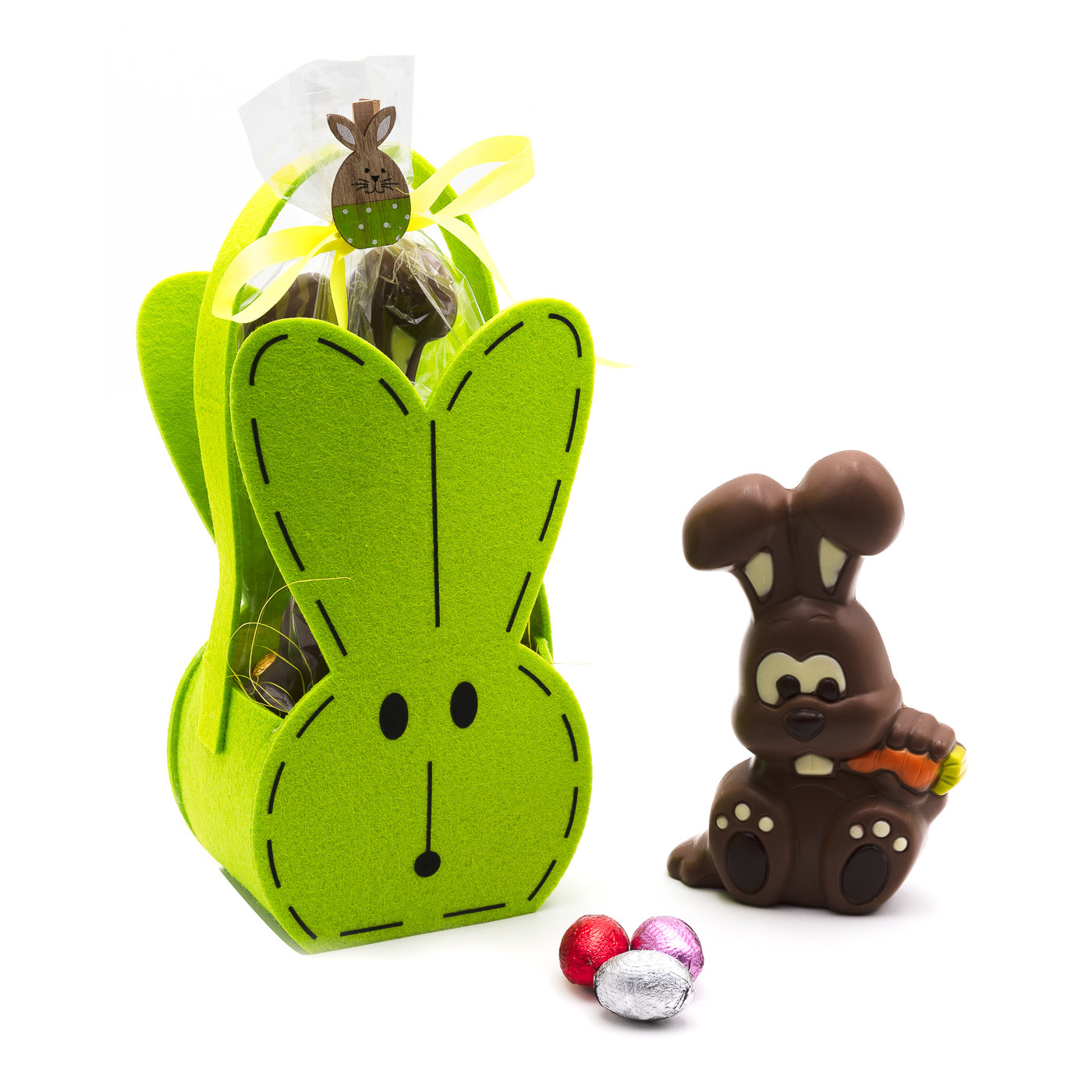 Bunny Sergio with eggs-1
