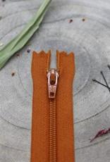 Atelier Brunette Blinde rits chesnut 40 cm