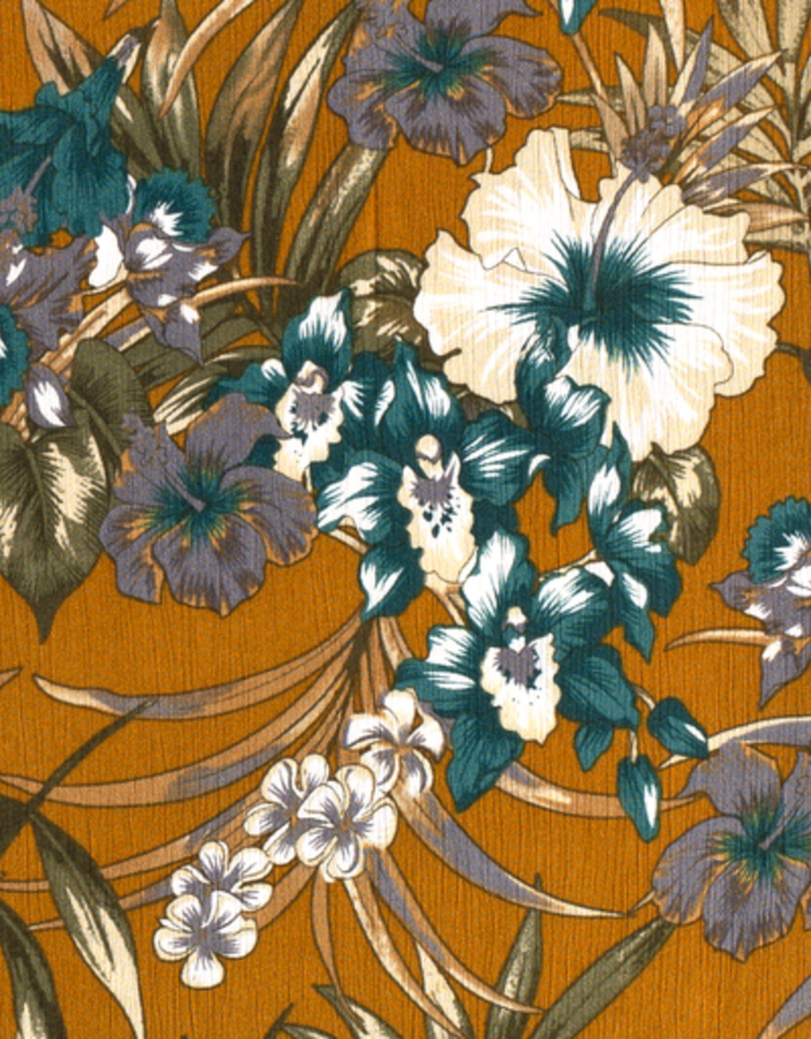 Crepe flowers ochre