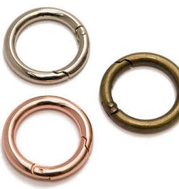 Metalen O-ring met musketonsluiting rose goud 25mm