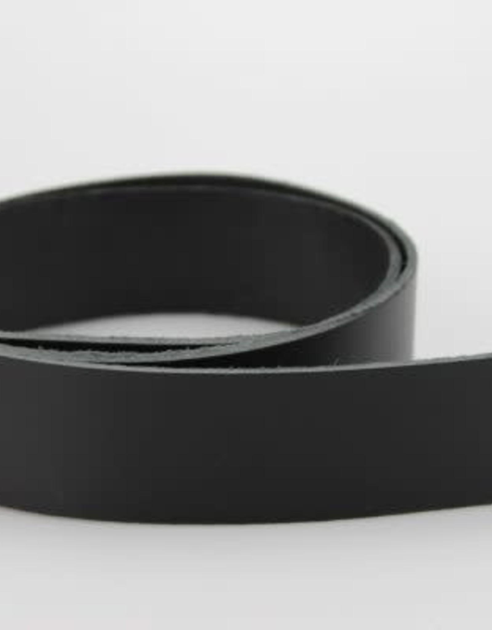 Lederen riem zwart 2.5cm x ca. 120 cm