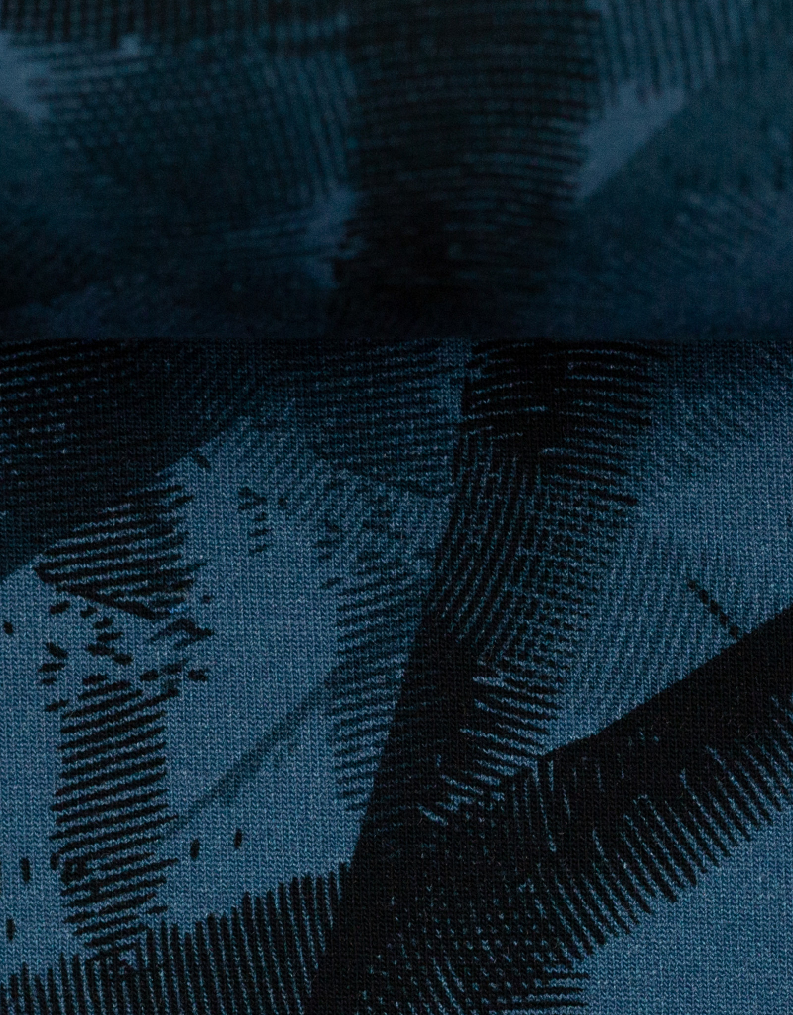 Jogging brushed abstract blue
