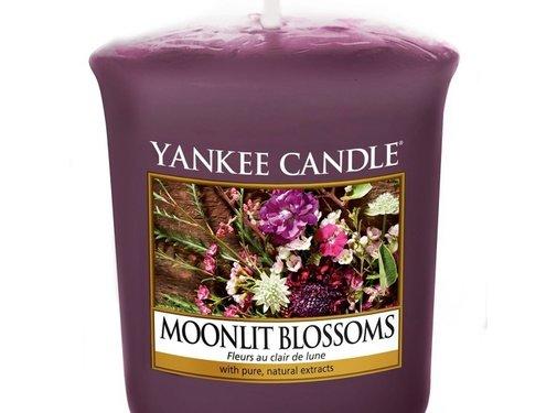 Yankee Candle Moonlit Blossoms - Votive