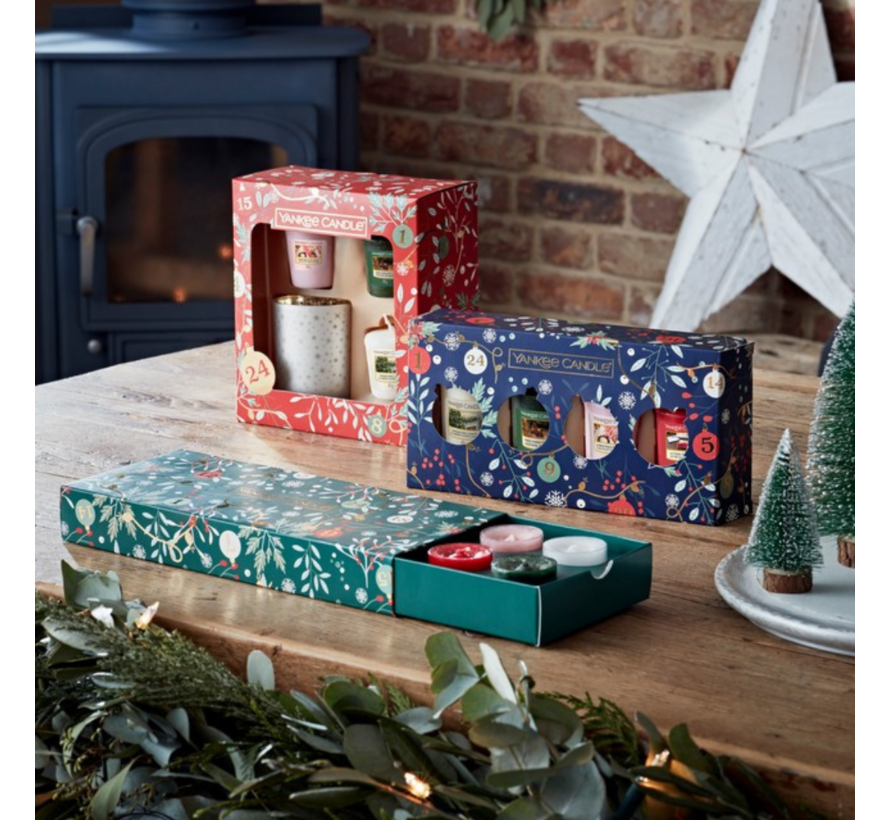 Countdown To Christmas 10 Tea Lights & 1 Holder Gift Set