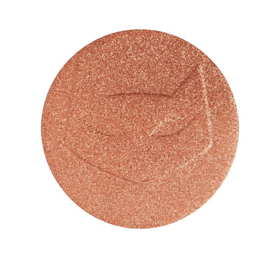 x Catwoman™ - Kitty Got Claws Highlighter