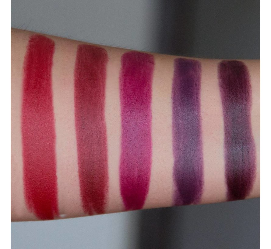 Vamp Noir Lipstick Collection