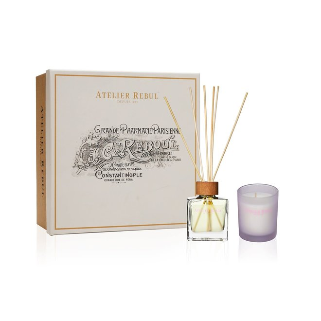 giftbox Yasmine geurkaars/ geurstokjes/ badproduct