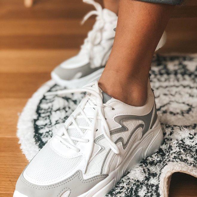 6150 sneaker wit met licht grijs