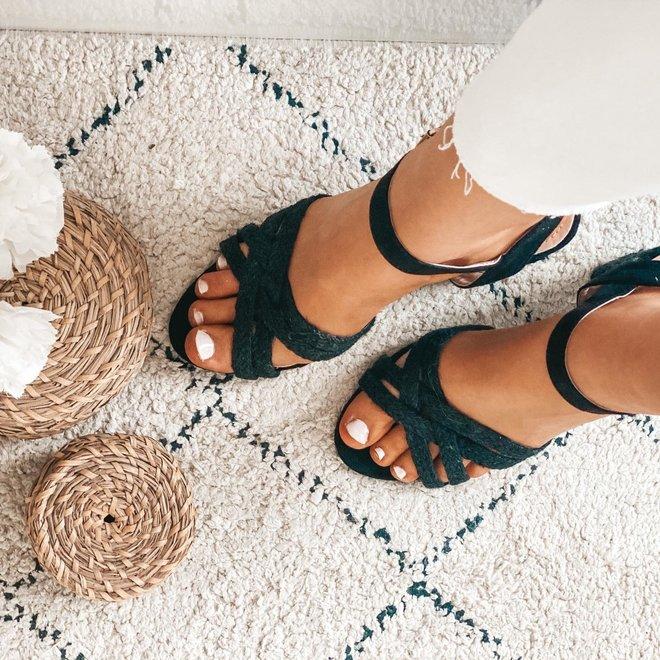 schoenen sandaal  hakjes koord ( hakhoogte 9 cm)  ln-24
