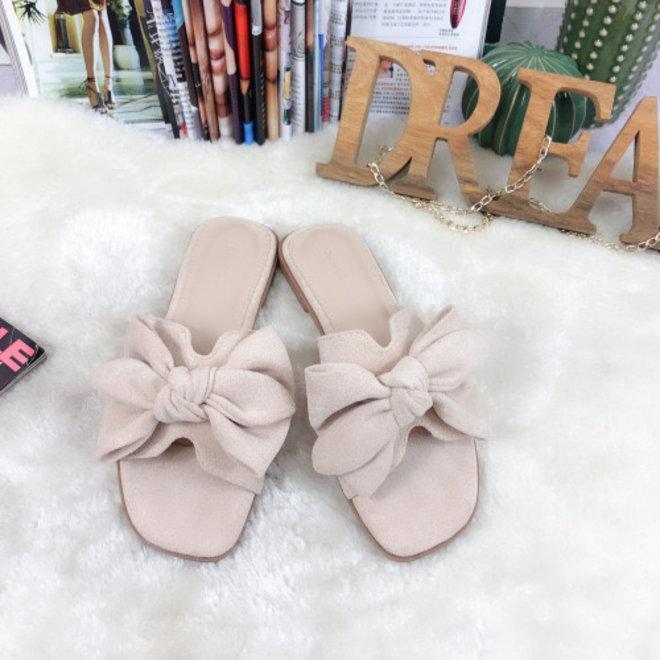 Daim slippers strik HJ7095