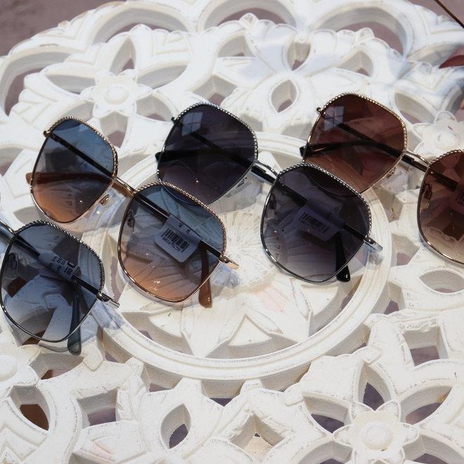 zonnebril spiral six uv400 protection