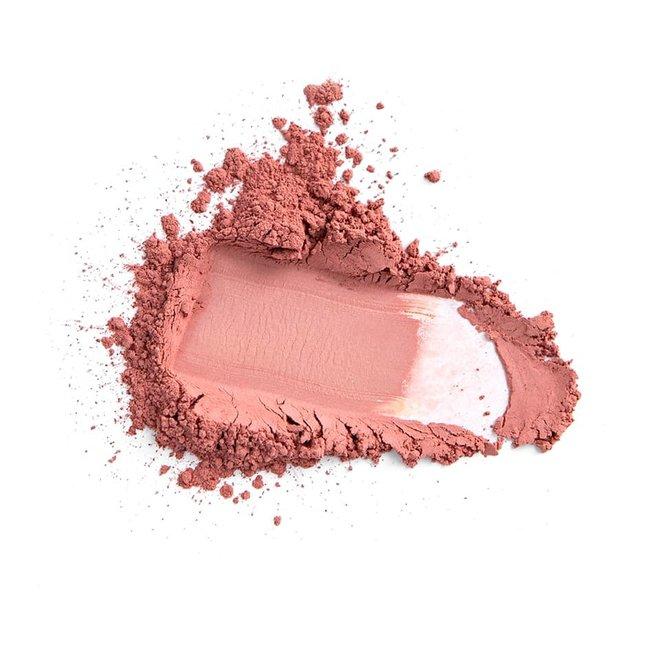 iak loose mineral blush proud pink 3