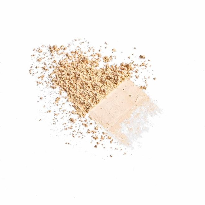 iak loose mineral concealer