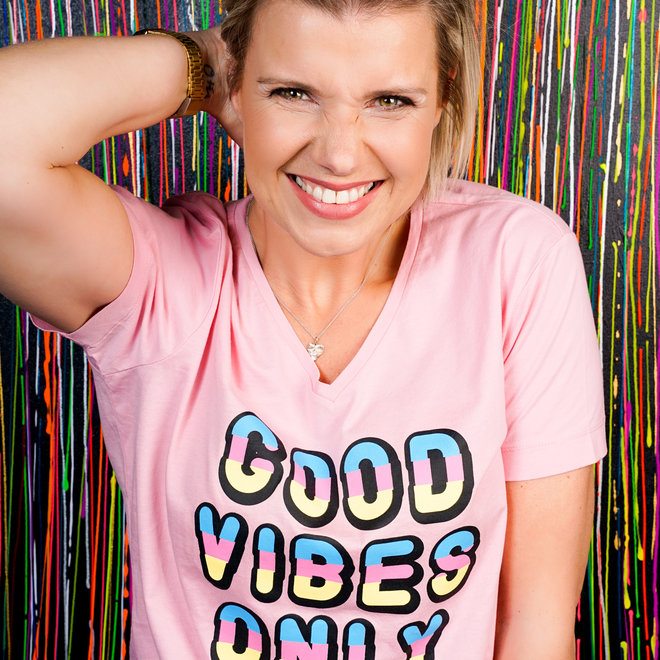 shirt good vibes only