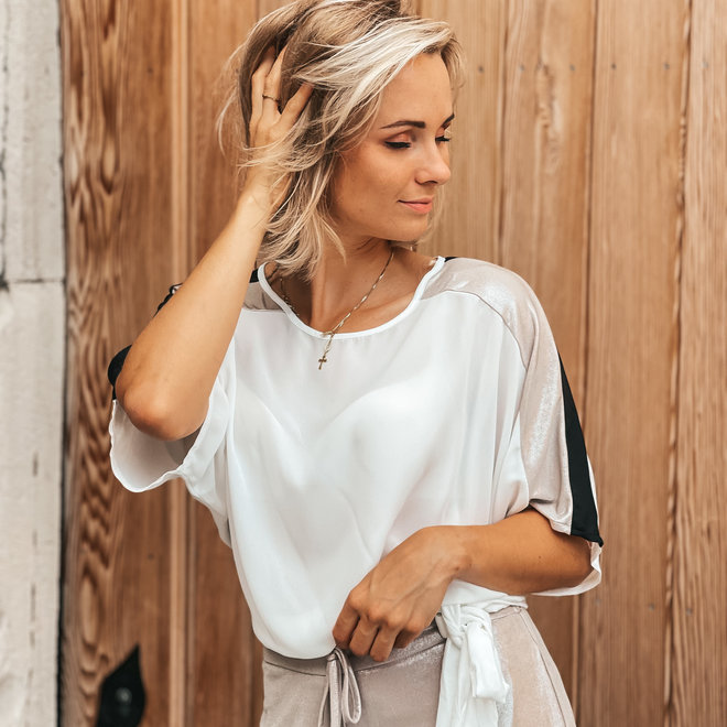 blouse 17010 wit champagne ronde hals