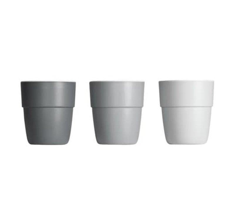 Done by Deer Yummy mini mug, 3-pack, grey tones
