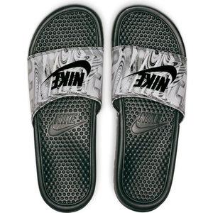 Nike Benassi Just Do It Noir-print gris