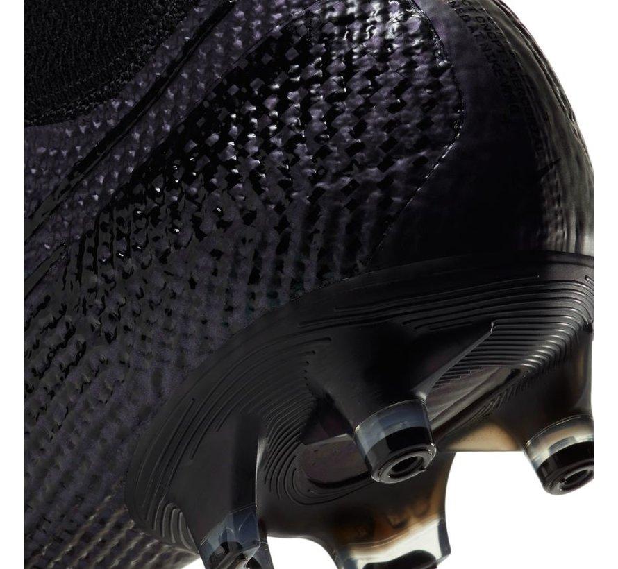 Superfly 7 Elite AG-PRO Black/Black