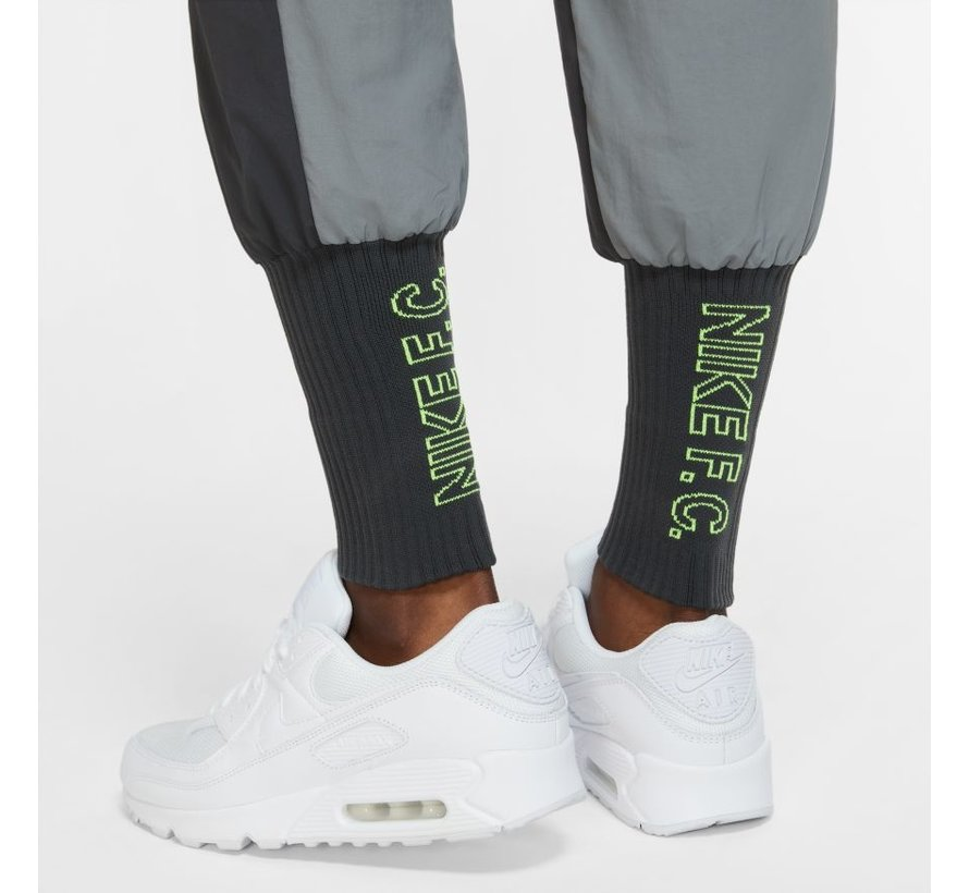 Nike FC Cuffed Pant Smoke Grey