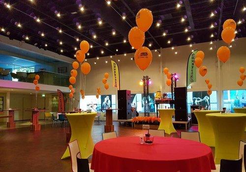 Tafeldecoratie helium ballonnen