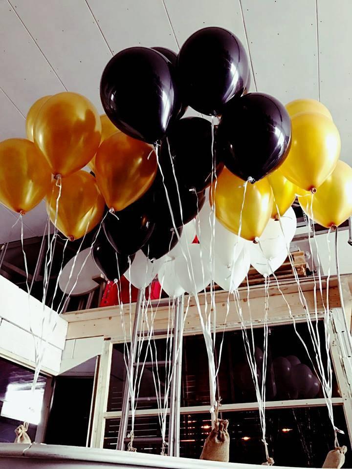 Vloerdecoratie 7 helium ballonnen