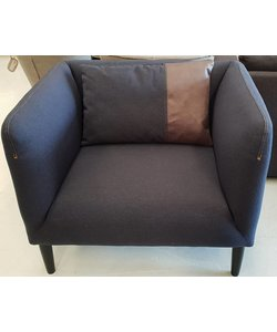 Ruime fauteuil donkerblauw jeans