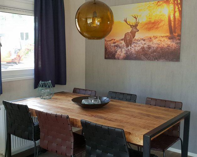 ≥ houten poes aangeboden door outlet en nieuw tafels