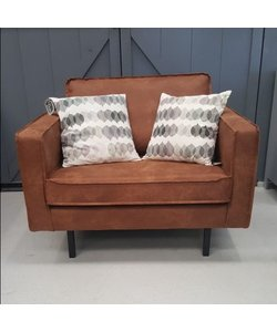 Loveseat Cognac