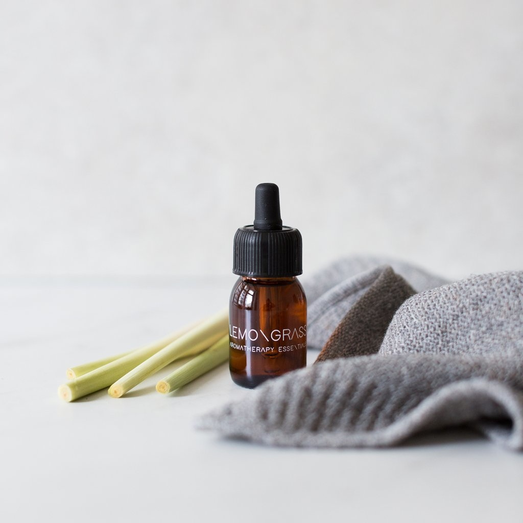 Essential Oil Lemongrass-1