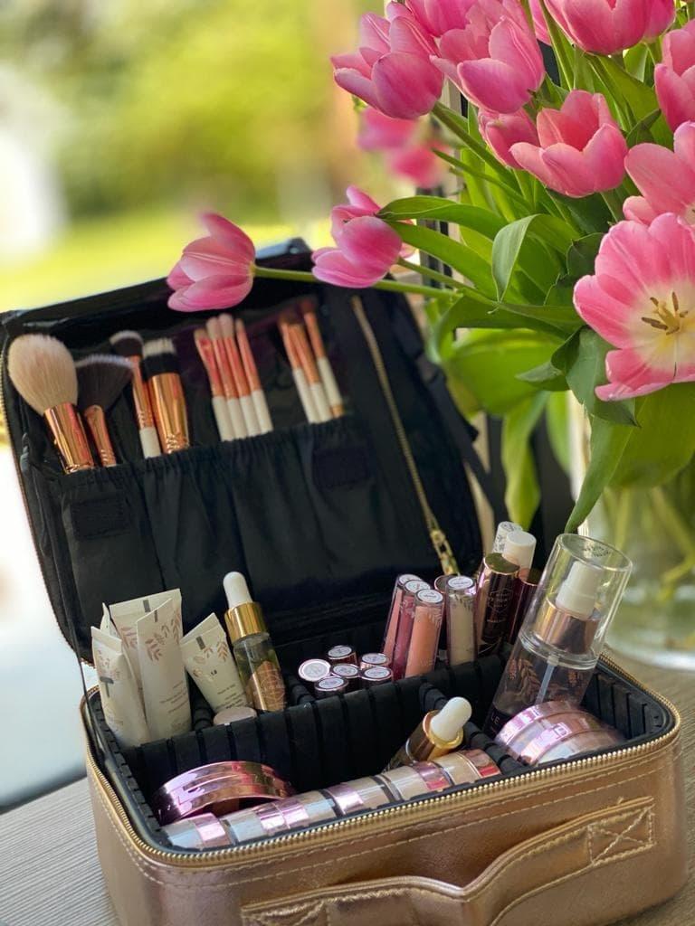Make-up tas-3