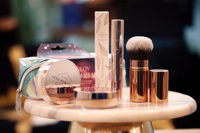 Le Volumieux Mascara + Retractable Kabuki + Glov Moon pads set + Blush Rosé Gold-1