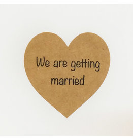 Bruidsknaller 10 stickers 'We are getting married' kraftpapier