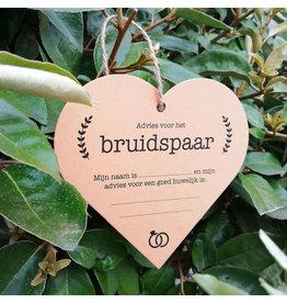 Bruidsknaller Hartvormige kaart met huwelijksadvies