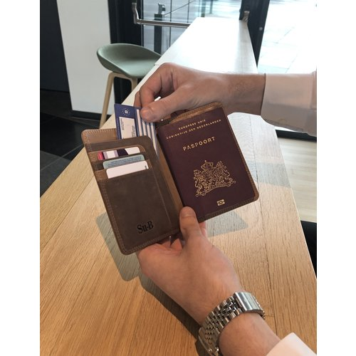 Su.B Designer RFID Blocking Passport Cover Luxurious Leather Holder - Travel Ticket or Cards Wallet for Men and Women - Brown