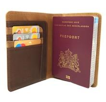 Designer Leder Reisepasshülle - Portemonnaie - Reisepassetui - mit RFID-Schutz - Braun