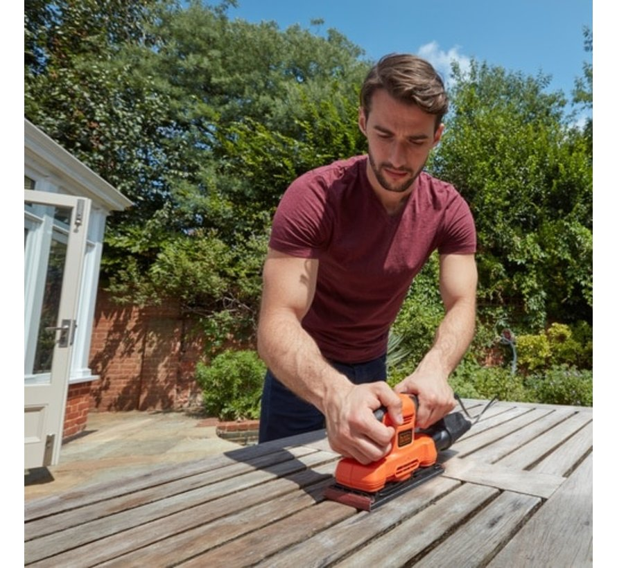 BLACK+DECKER vlakschuurmachine 150W BEW220