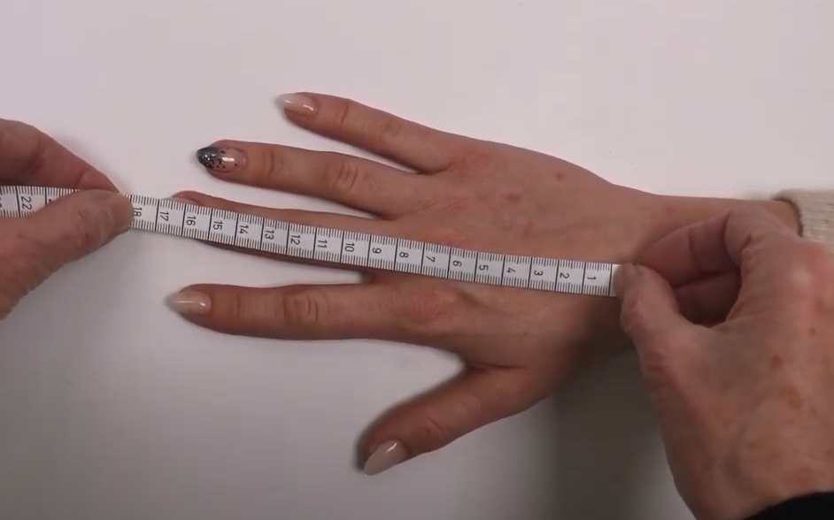 Hoe meet ik de juiste maat handschoenen?
