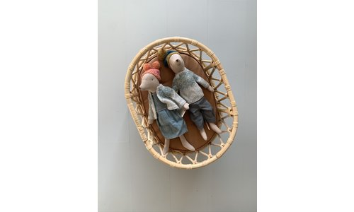 Rattan doll beds