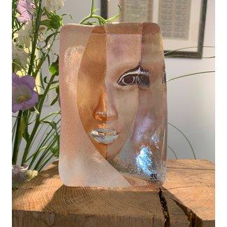 Mats Jonasson (Glaskunstenaar) Mazzai Beschermer van Gelijkheid en culturele Diversiteit